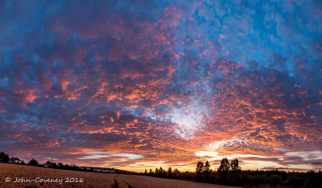 001-Lenticular-Sunset-©2016-John-Coveney