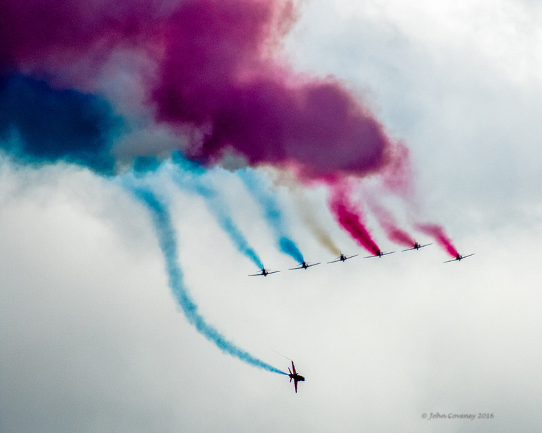 021-Bray-Air-Display2-©-2016-John-Coveney