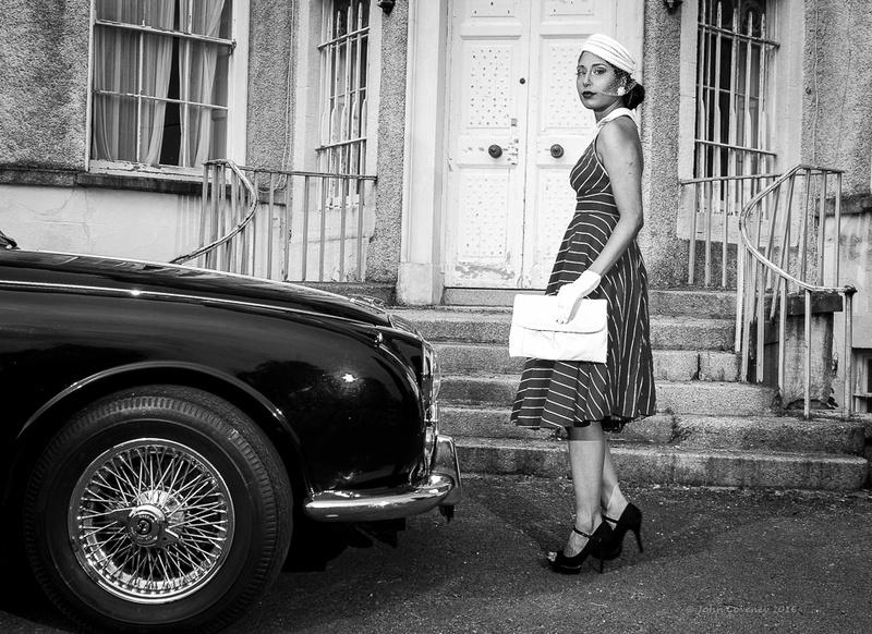 012-Vintage-Fashion-Car-Blog-©-2016-John-Coveney