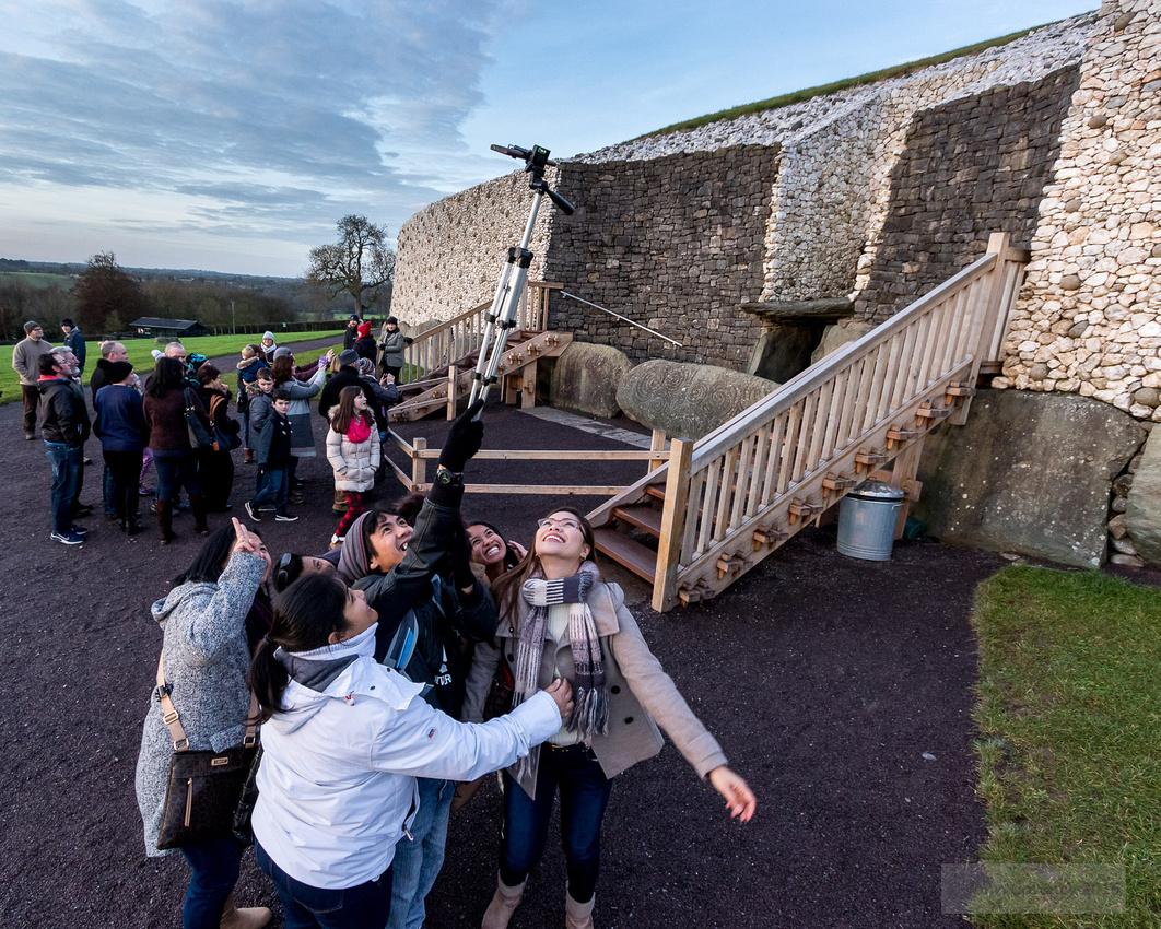 006-Newgrange-Solstice-©-2016-John-Coveney