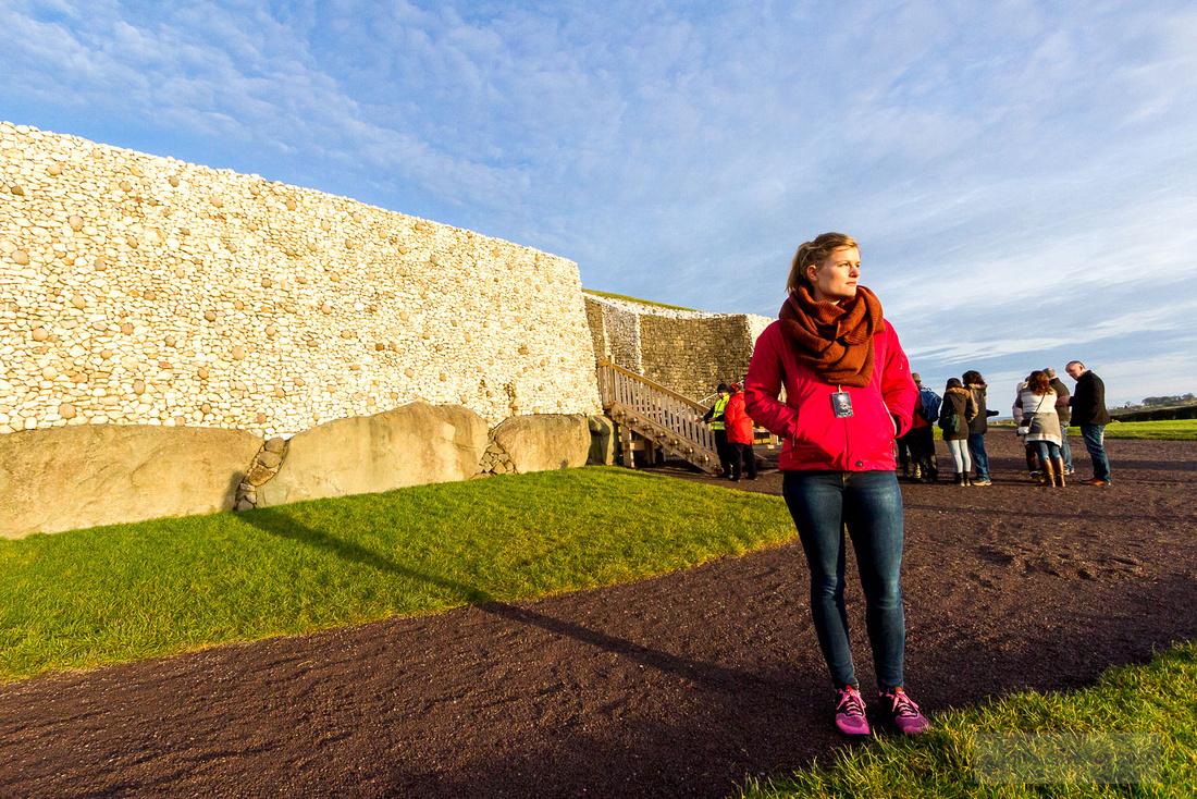012-Newgrange-Solstice-©-2016-John-Coveney