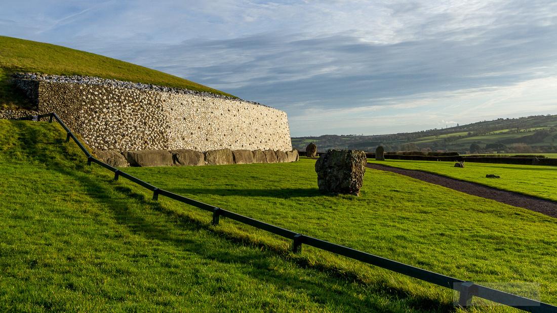 016-Newgrange-Solstice-©-2016-John-Coveney
