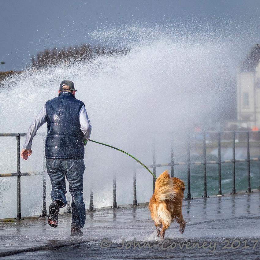 009-Storm-Ewan-Dublin--©2016-John-Coveney