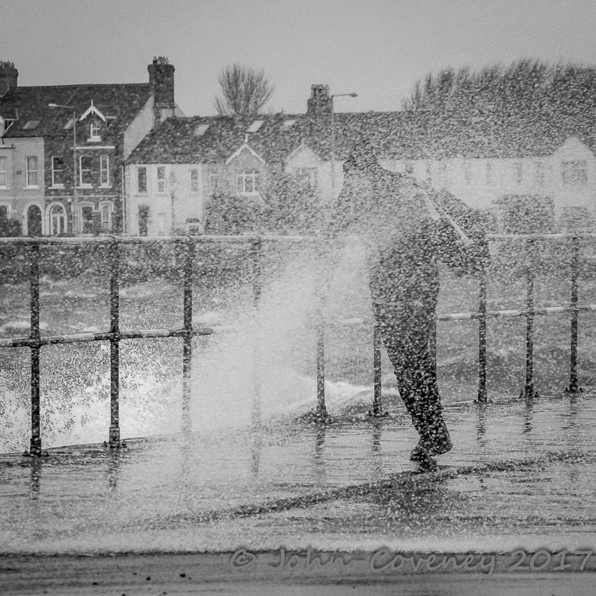 010-Storm-Ewan-Dublin--©2016-John-Coveney