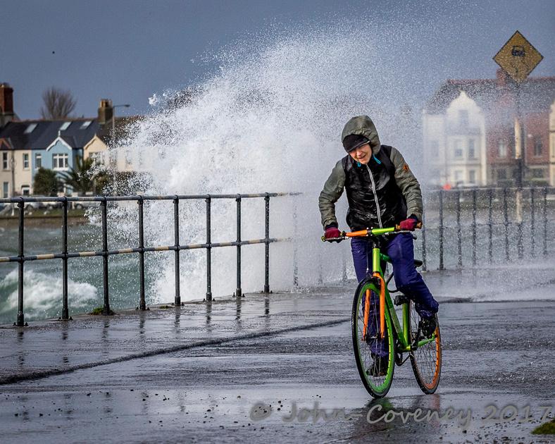 013-Storm-Ewan-Dublin--©2016-John-Coveney