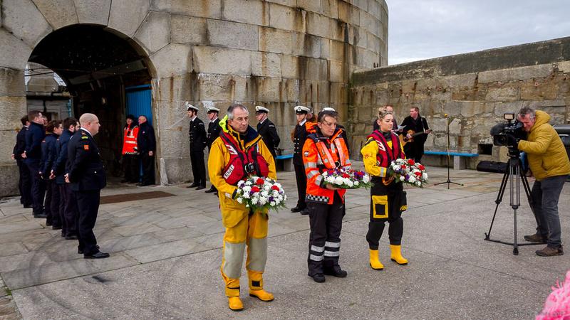 007-20171224-RNLI-Memorial-Dun-Laoghaire-©-2017-John-Coveney