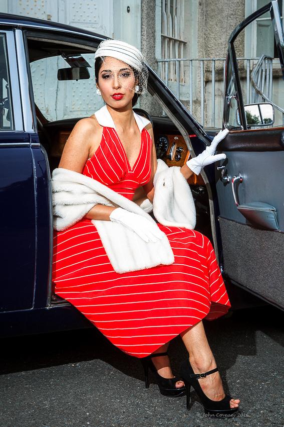 010-Vintage-Fashion-Car-Blog-©-2016-John-Coveney