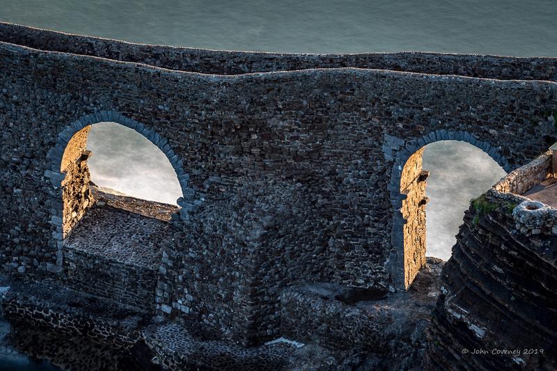 004-Dragonstone-©-2018-John-Coveney