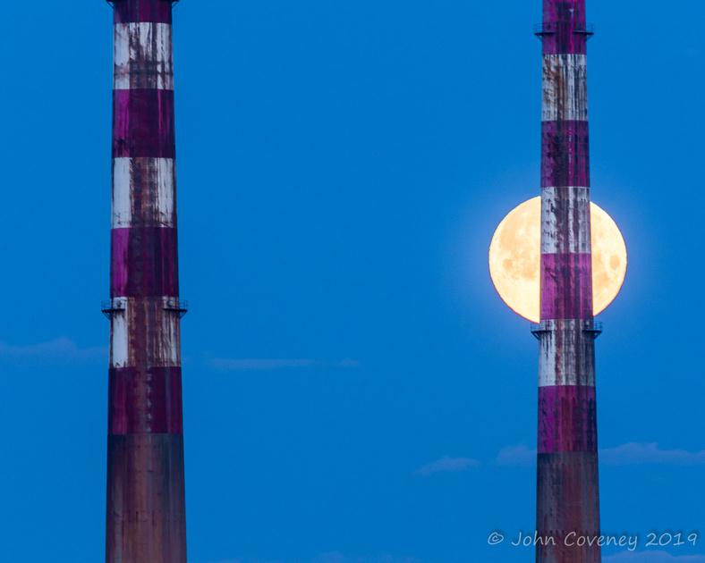 0003-Strawberry-Moon-by-John-Coveney-Photography