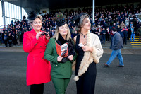 019-Winter Ladies Day at Navan-©-2017-John-Coveney