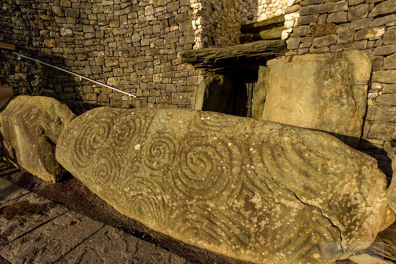 019-Newgrange-Solstice-©-2016-John-Coveney